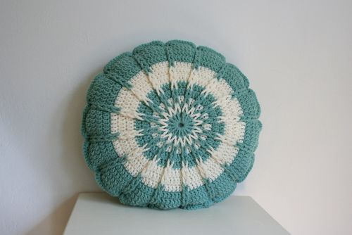 Crochet Round Pillow - Teal (3)