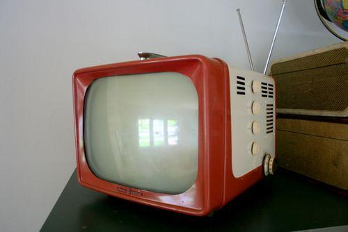 Vintage T.V (1)