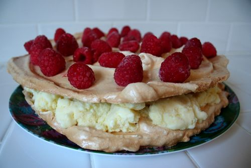 Lemon Meringue Ice Cream Cake (4)
