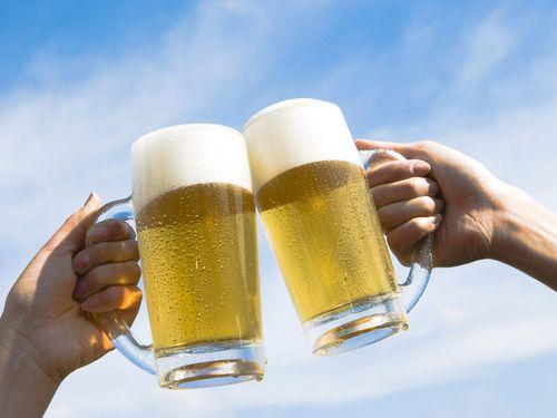 Beer-Mugs-1-Y0G8PB3TPD-1024x768